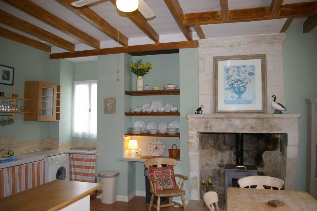 belle maison - kitchen