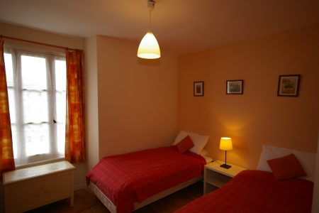 La Cour - bedroom 2