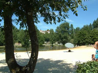Aubeterre beach