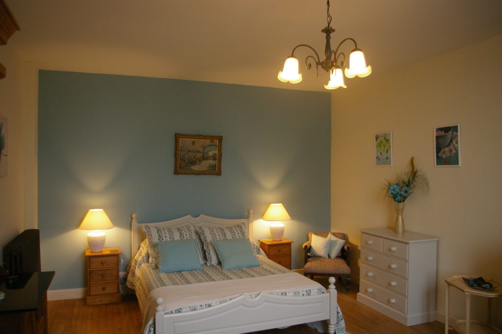 belle maison - bedroom 1